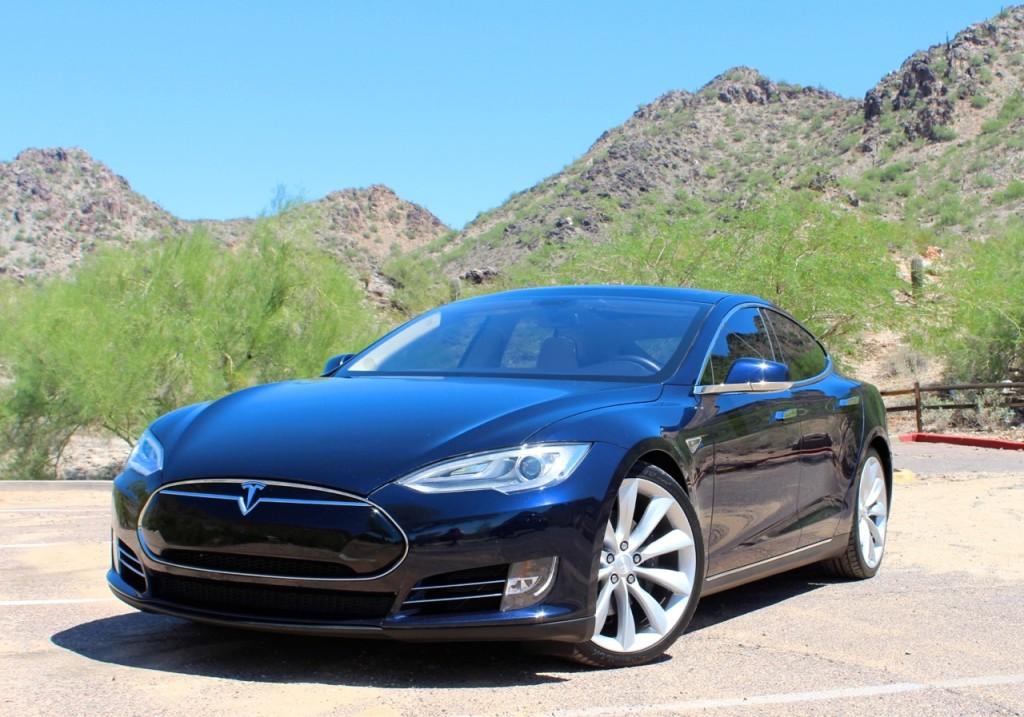 Tesla Limousine in Scottsale